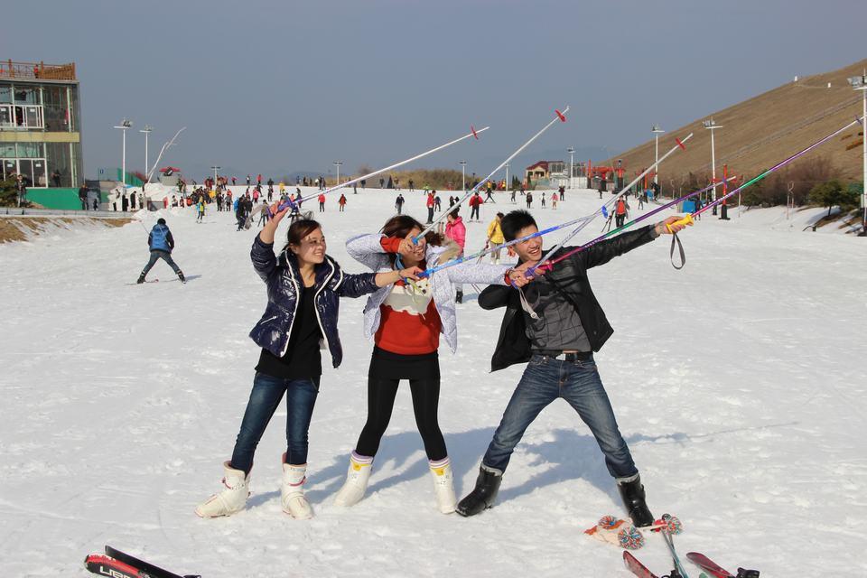 俱乐部旅游社2013第一期冬季滑雪活动活动